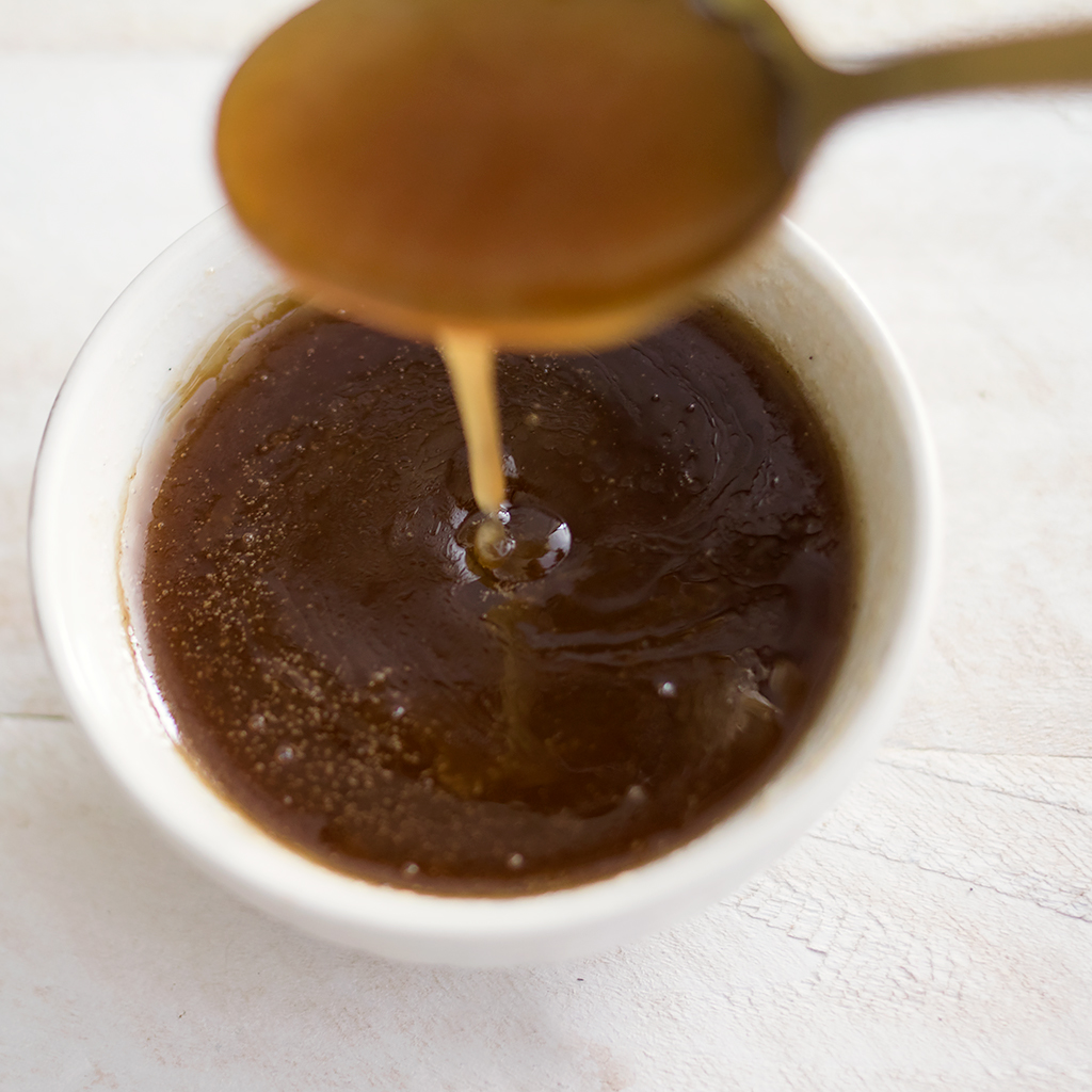 The Best Vegan Caramel Sauce